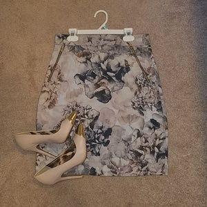 H&M skirt - size US 8